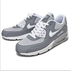 Nike Youth Air Max 90 Wolf Grey White Leather Trainers 39 EU