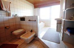 4,5-Zimmer-Wohnung in der Karlsruher Oststadt: Badezimmer