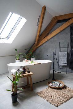 Loving this style bathroom! Elegant Home Decor, Elegant Homes, Bathroom Styling, Bathroom Interior Design, Budget Home Decorating, Discount Furniture, Furniture Online, Beautiful Bathrooms, Bathroom Inspiration