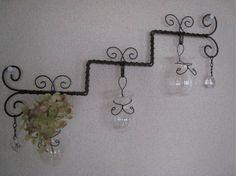 ココペリ学校3月の生徒さん募集中! Wire Crafts, Diy And Crafts, Diy Projects To Try, Craft Projects, Barbed Wire Art, Wire Jig, Iron Art, Wire Hangers, Wire Work