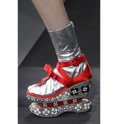 #Prada, primavera verano 2013  Pravda....ok my ....puck... She designed by  MEN!