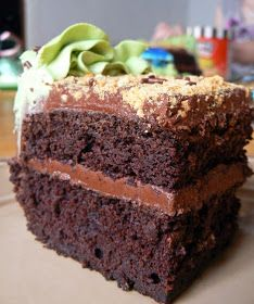 MIH Product Reviews & Giveaways: Dark Chocolate Cake with Buttercream Frosting