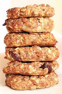 Time-consuming and not so effective, but it tasted good. Cooking Recipes, Healthy Recipes, Healthy Food, Nigella, Oatmeal Cookies, Baked Goods, Sausage, Good Food, Pork