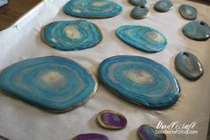 Make your own Agate Slices!  These are fantastic coasters, place settings or fabulous decor!