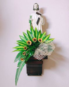 Contemporary Flower Arrangements, Creative Flower Arrangements, Church Flower Arrangements, Ikebana Arrangements, Beautiful Flower Arrangements, Beautiful Flowers, Wedding Flower Guide, Wedding Flowers, Plant Drawing