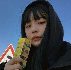 Cute Asian Girls, Beautiful Asian Girls, Cute Girls, Korean Aesthetic, Aesthetic Girl, Ulzzang Korean Girl, Uzzlang Girl, Ethereal Beauty, Cute Friends
