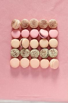 French Macarons Basic Recipe- Martha Stewart failed me! Probably the worst macaron recipe of the bunch Homemade Macarons, French Macarons Recipe, How To Make Macarons, French Macaroons, Macarons Easy, Parisian Macaron Recipe, Coffee Macaroons, Making Macarons, Cookie Recipes