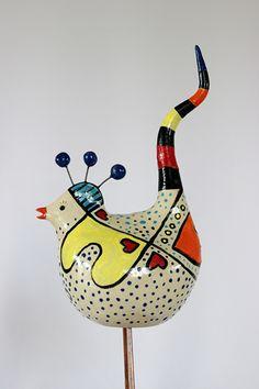 Welkom opdewebshop Happy-Art metkleurrijke keramiek van Ilse Scholten. De plek om unieke geluksvogels te kopen.Een geluksvogels is leuk om te geven en leuk om te krijgen.De vogel is geschiktals Paas-, moederdag-, vaderdag-, jubelaris-, huwelijks-, verjaardagskadoen gewoon een kado om iemand blij mee te maken.Mijn geluksvogels zijn met dehand en met liefde zijn gemaakt.