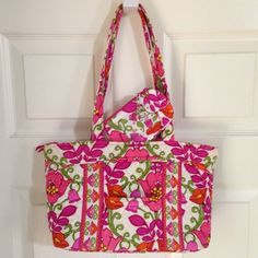 """Vera Bradley Little Mandy AND Zip Clip ID Case Vera Bradley Little Mandy Shoulder Bag and Clip Zip ID Case in Lilli Bell  Purse Details: • Dimensions: 10½"""" W x 8""""H x 3¾"""" D with 10"""" strap drop • Recessed top zipper closure  • Six interior compartments   • One front slip pocket   Clip Zip ID Case Details: • Dimensions: 5½""""W x 3¼""""H • Silver chain with lobster claw clasp • New rounded corner design • Clear ID compartment   I have more VERA BRADLEY, check out my other items!  ❌NO TRADES ❌NO HOLDS…"""