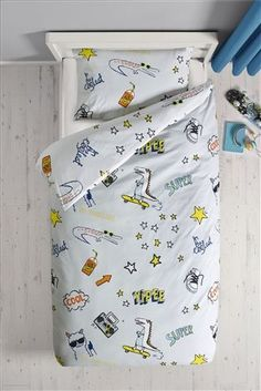 Mixed Icon Bed Set