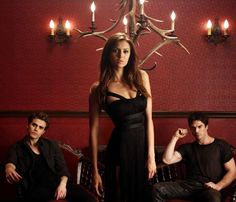 ImageFind images and videos about the vampire diaries, tvd and Nina Dobrev on We Heart It - the app to get lost in what you love. Vampire Diaries Stefan, Vampire Diaries Books, Vampire Diaries Season 5, Vampire Diaries Poster, Ian Somerhalder Vampire Diaries, Vampire Diaries Wallpaper, Vampire Diaries Funny, Vampire Diaries The Originals, Stefan Salvatore
