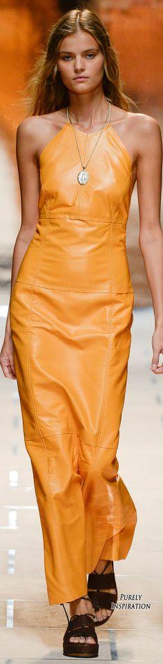 8e716bbaae Trussardi Spring 2016 Ready-to-Wear Fashion Show