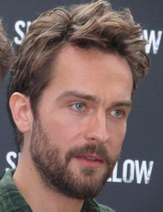Renew Sleepy Hollow because it introduced America to And we are most grateful for it. Beautiful Men Faces, Gorgeous Guys, Gorgeous Hair, Beautiful People, Patchy Beard, Tom Mison, Headless Horseman, Human Reference, British Boys