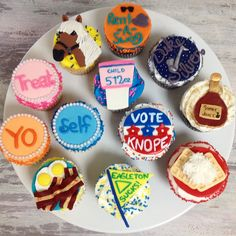 Parks & Recreation cupcakes. So fun!