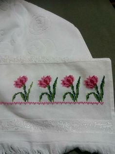 123 Cross Stitch, Cross Stitch Flowers, Diy And Crafts, Embroidery, Cross Stitch Borders, Crochet Hood, Face Towel, Embroidered Towels, Herb
