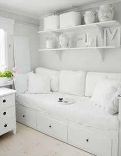 For spare room - ikea Hemnes day bed - white All White Room, White Rooms, White Space, Decor Room, Bedroom Decor, Home Decor, Ikea Bedroom, Trendy Bedroom, Bedroom Colors