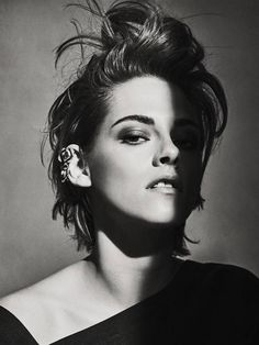 Kristen Stewart in a Gorgeous Fashion - 099 | Fashion DressFitMe