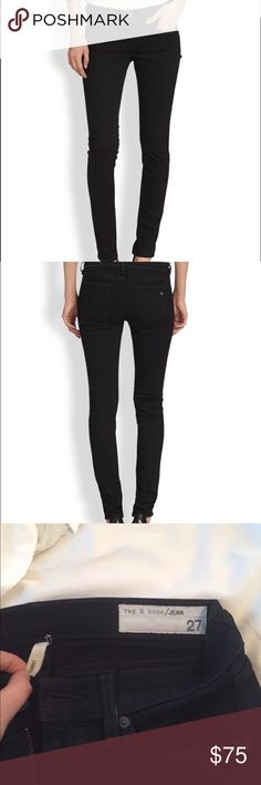 Rag and Bone black 26/27 skinny jeans Rag and bone black skinny jeans. Worn about 4 times and then realized they're definitely too small for me. These fit like a 26!!! Definitely small/tight for a 27 rag & bone Jeans Skinny