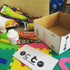Hoy hacemos manualidades!! Construiremos un castillo para jugar con los #lego #conecta2enlared #davidymiriam #estoesvida