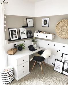 home accessories styling scandinavian style desk scandinavian style desk Office Interior Design, Home Office Decor, Office Interiors, Home Decor, Office Ideas, Interior Design Chicago, 70s Decor, Ikea Office, Desk Office