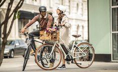 E-Bikes findest du heutzutage in nahezu allen Fahrradkategorien, sei es für die Stadt oder doch eher fürs Gelände. Beim aktuellen Wettbewerb von Alba Moda kannst du jetzt einen Gutschein für ein E-Bike vom Lucky Bike Onlineshop im Wert von CHF 2'000.- gewinnen. Shops, Alba Moda, Bicycle, Motorcycle, Vehicles, Swiss Guard, Gift Cards, City, Bicycle Kick