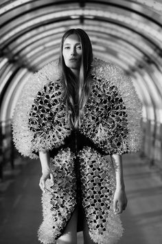 ap-fashionmemories:  Lookbook - 'Magnetic Motion' collection - Iris Van Herpen - Shot by Mathieu Cesar____Arthur and Puff are everywhere …Facebook | Stampsy | Tumblr | Soundcloud | Pinterest | Instagram