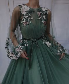 Cute Prom Dresses, Gala Dresses, Ball Gown Dresses, Elegant Dresses, Pretty Dresses, Beautiful Dresses, Pretty Outfits, Glamouröse Outfits, Fashion Outfits