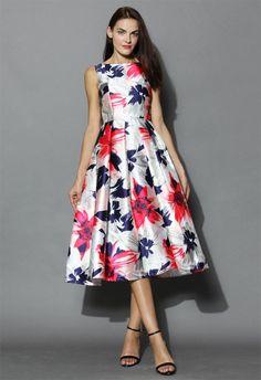 Passionate Blossoms Prom Dress - Dress - Retro, Indie and Unique Fashion Led Dress, Dress Skirt, Fashion Brand, Womens Fashion, Dressy Tops, Retro Dress, Mode Style, Long Tops, Unique Fashion