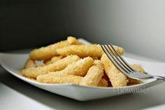 Tvarohové cesto je veľmi jednoduché a chutné, ak sa pripraví s detskou krupicou. Jedlo je to lacné, nie príliš pracné a pre deti sú tvarohové šúľance veľkou pochúťkou. Z jednej kocky tvarohu pripravíme 4 porcie a za pol hodiny sa môže obedovať. Carrots, Menu, Healthy Recipes, Healthy Food, Yummy Food, Vegetables, Tableware, Kitchen, Menu Board Design