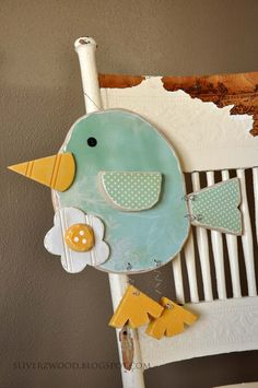 cute little birdie wood cut