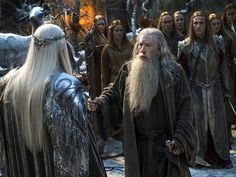 New still of Gandalf and Thranduil from The Hobbit: The Battle of the Five Armies