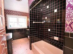 Charmant Robertu0027s Pink And Black Bathroom Makeover | Retro Renovation, Retro And  Vintage Bathrooms