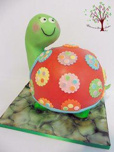 Happy Tortoise - Cake by Blossom Dream Cakes - Angela Morris