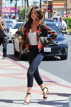 Crop Jeans + Strappy heels. #GoodMatch #Styling Via: Selena Gomez.