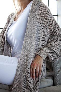 Кардиган из пряжи Roma - 100% хлопок - Lana Grossa. Посмотреть все доступные цвета можно на нашем сайте www.mpyarn.ru
