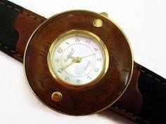 80er+Holz+Armbanduhr+Vintage+Uhr+Unisex+Damenuhr+von+Mont+Klamott+-+seltene+Vintage+Einzelstücke:+Liebzuhabendes,+Verspieltes,+Tickendes,+Klunkerndes,+Zauberhaftes,+Antikes,+Kurioses,+Schmuck+&+Uhren++auf+DaWanda.com