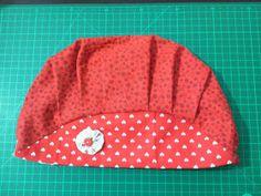 Eu Amo Artesanato: Touca Cirúrgica ou de Cozinha Scrub Hats, Caps Hats, Bandana, Beanie, Sewing, Crafts, Fashion, Dish Towel Crafts, Diy And Crafts