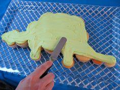 Dinosaur Cupcake Cake Tutorial by MyCakeSchool.com
