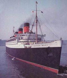 The original Queen Mary Rms Queen Mary 2, Queen Mary Ship, Rms Queen Elizabeth, Cunard Cruise Line, Ss Normandie, Cunard Ships, Love Boat, Rms Titanic, Navy Ships