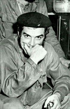 Che Che Guevara Photos, Che Guevara T Shirt, Hassan 2, Pablo Emilio Escobar, Cuba History, Watch Greys Anatomy, Ernesto Che Guevara, Elliott Erwitt, Fidel Castro