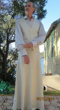 070 A-line skirt and standard waistcoat over balloon-sleeve shirt A Line Skirts, Shirt Sleeves, My Outfit, Men Dress, Nice Dresses, Masks, Balloons, Dressing, Costumes
