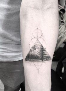 Triangular landscape piece by Doctor Woo