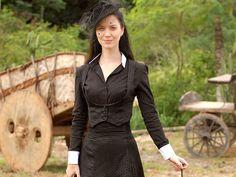 """Nathália Dill as Doralice Peixoto in brazilian novel """"Cordel Encantado"""" (2011)."""