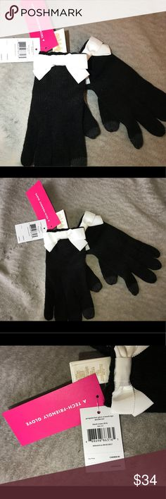 Kate Spade Gloves Black with white bow Tech friendly .can use your smart phone with gloves on. One size fits most kate spade Accessories Gloves & Mittens
