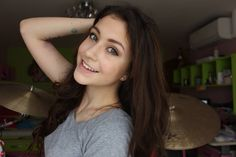 Ter. :3 Youtubers, Long Hair Styles, Beauty, Women, Photos, Beleza, Pictures, Women's, Long Hair Hairdos