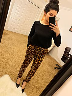 Check out all our leopard print fashion Leopard Pants Outfit, Leopard Print Outfits, Leopard Print Pants, Black Pants Outfit Dressy, Leopard Prints, Business Casual Outfits, Dressy Outfits, Work Outfits, Printed Pants Outfits