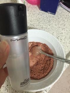Mac fix+ kullanarak ıslatılan toz malzeme macun kıvamına gelinceye kadar karıştırılır