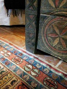 The amazing #Romanian details in our #PoemBoem villa. www.poemboem.com Decor, Home Decor, Villa, Rugs