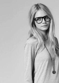 Stars wearing Glasses | Cara Delevingne with plastic glasses #glasses #eyeware #CaraDelevingne #plasticframe #blackwhite (found on: pinterest.com/abigaildownes)
