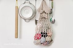 Produce Bag. Pattern here http://bynumber19.com/2012/03/16/apricot-string-bag-free-crochet-pattern/